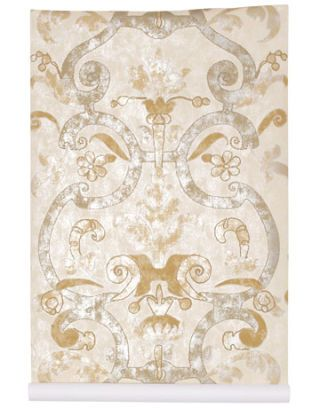 gold and silvery patterned wallpaper