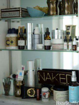 maryam montague bathroom shelves