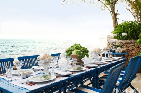 Jackie and Rebecca De Ravenel's Outdoor Terrace Tablescape