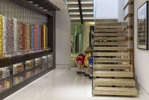 jay z beyonce candy room