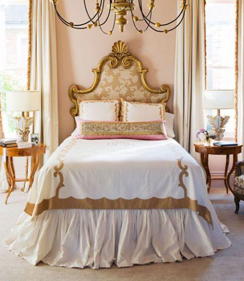 Superb Master Bedroom With Pink Walls ...