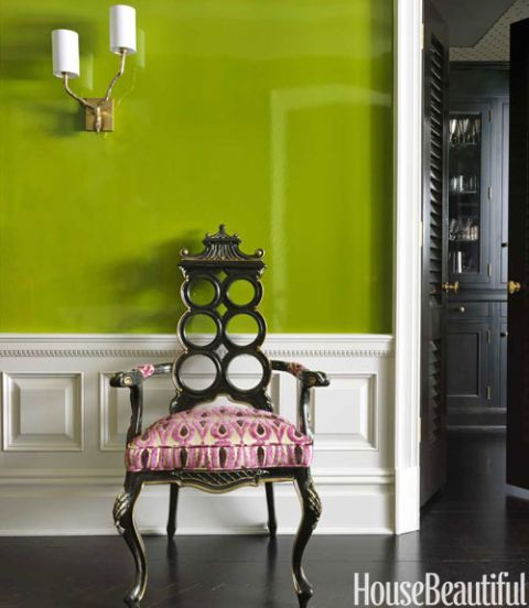 painting in green entry