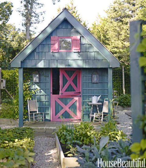 Podge bune beach cottage beach house decorating ideas for Beach house yard design