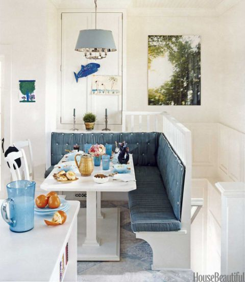 Interior design, Room, Wall, Tableware, Interior design, Turquoise, Light fixture, Teal, Aqua, Dishware,