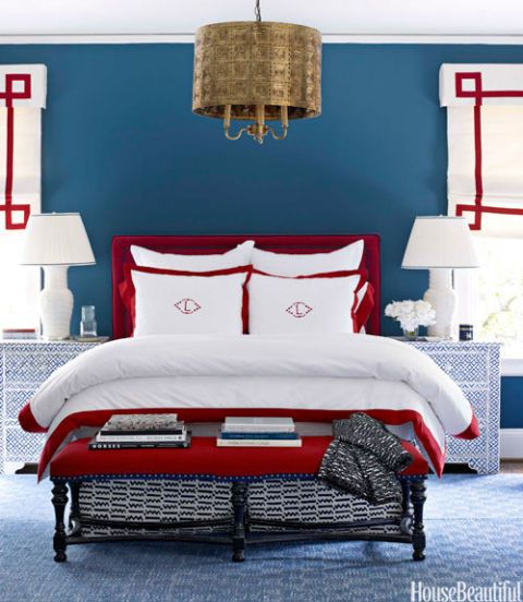 red white and blue bedroom with key pendant light