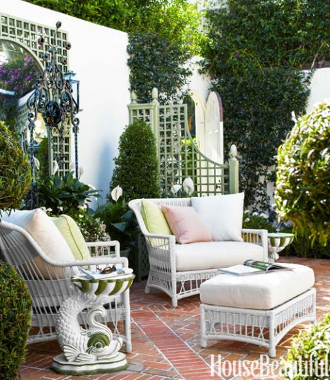 Green And White Decorating Ideas