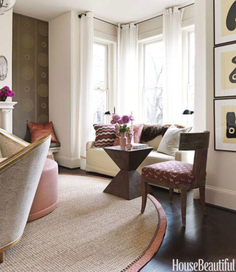 salmon-trim-area-rug-livingroom-0911-Dixon-de.jpg
