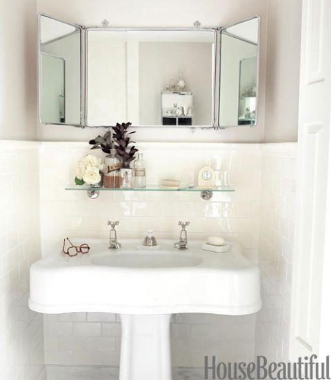 Sallick sink and mirror