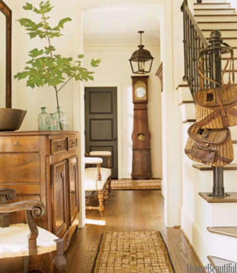 American Casual Foyer