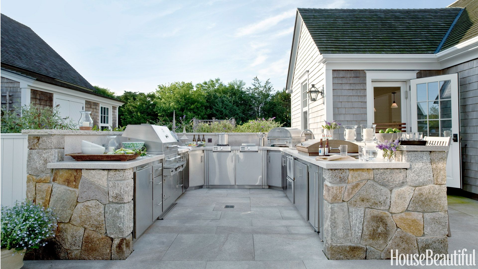 20 outdoor kitchen design ideas and pictures - Outdoor Kitchen Designs Photos