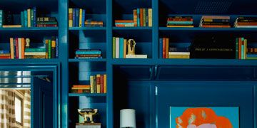 The Best Bookshelves Have This In Common
