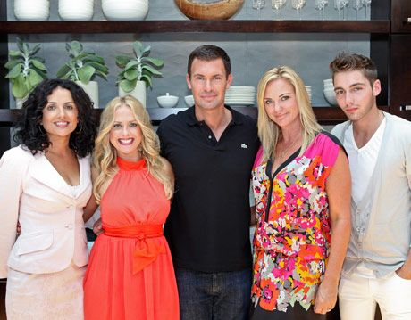 designer jeff lewis with cast from flipping out