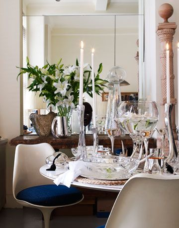 a clear glass table scape by elsa peretti