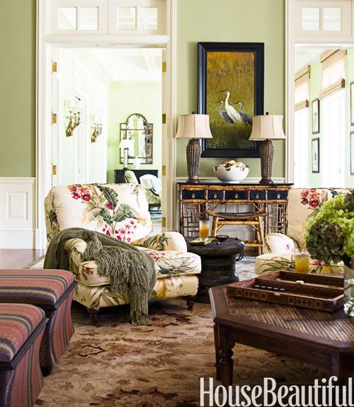 Charmant Avocado Green Family Room