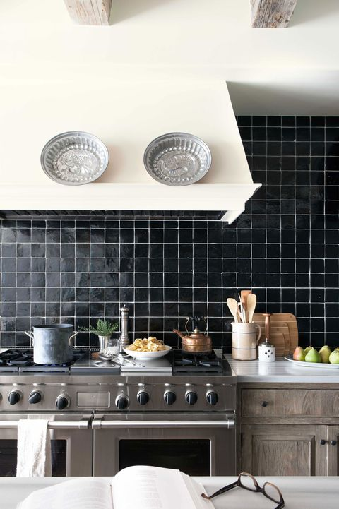 Black Cabinet And Backsplash Ideas