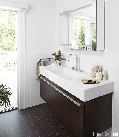 Attrayant Bathroom With Long Sink