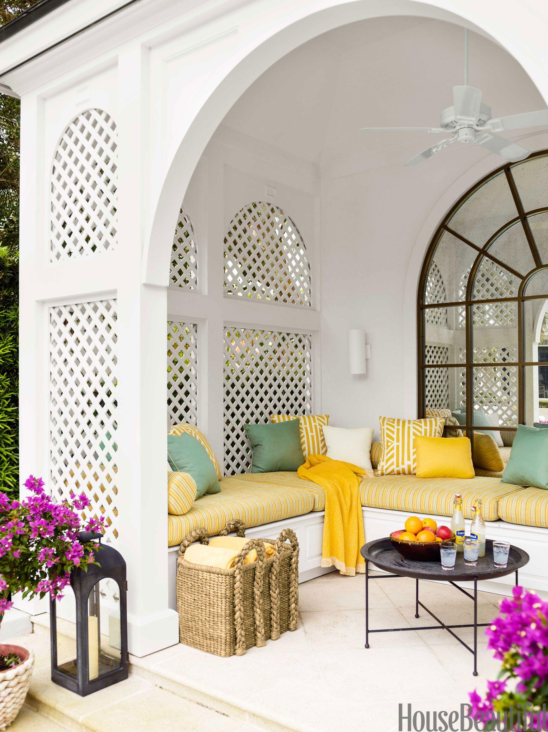 Colorful Beach House Decor - Tropical Design Ideas