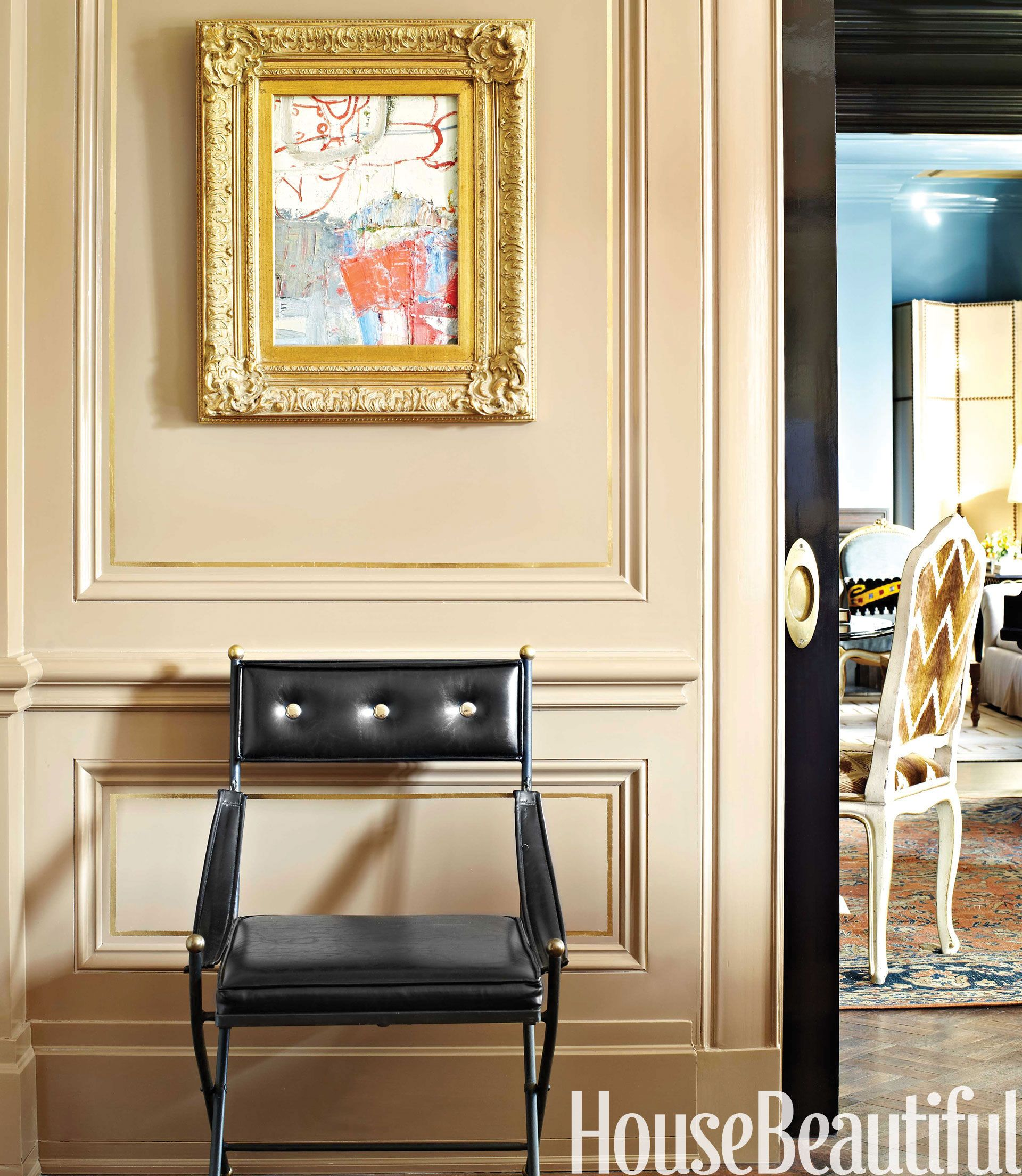 Stylish Classic New York Apartment - Traditional Apartment ...