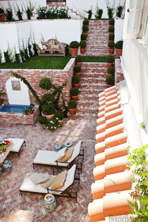 5 Places Perfect For Topiaries