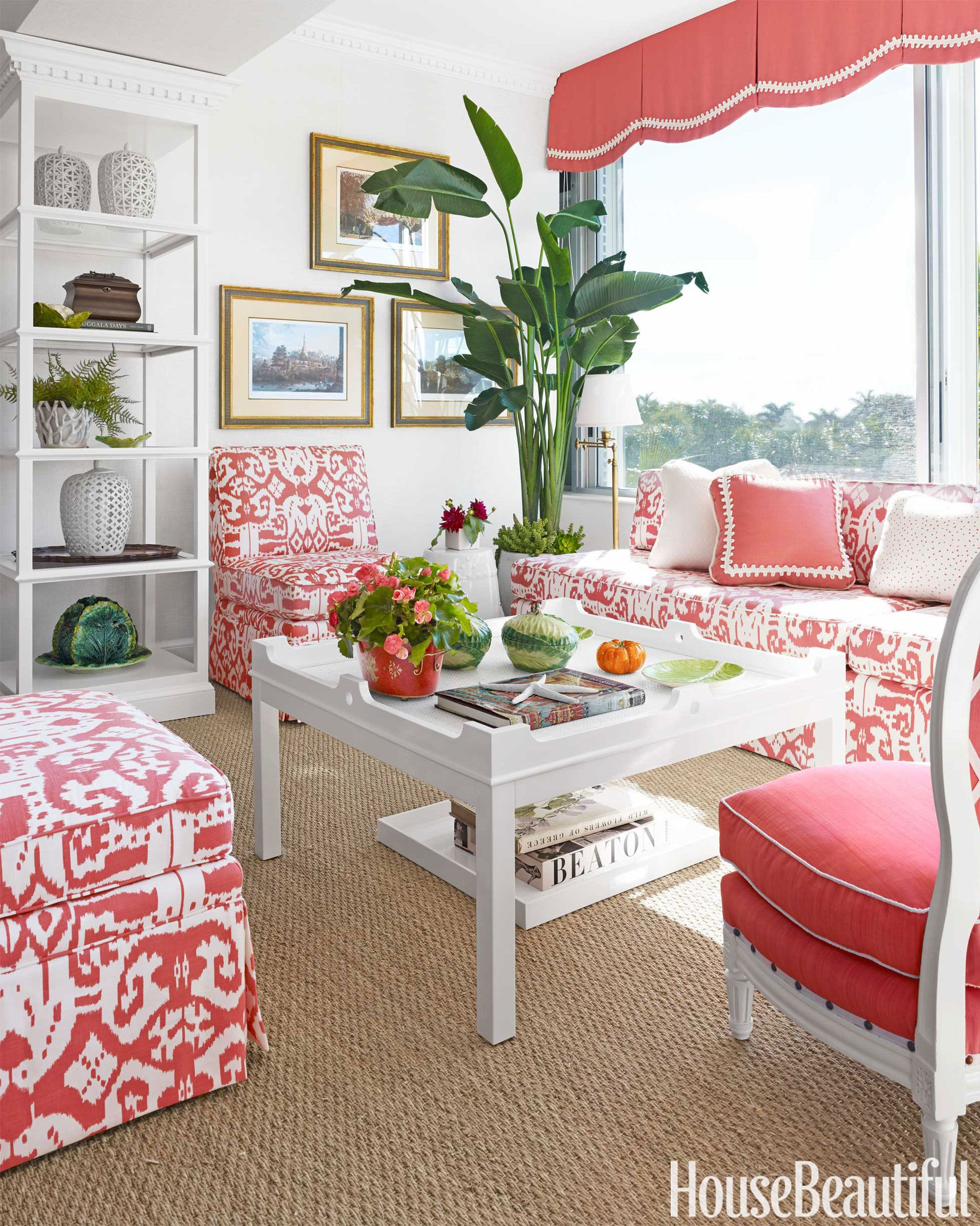 Top Pin of the Day: A Tropical-Inspired Living Room