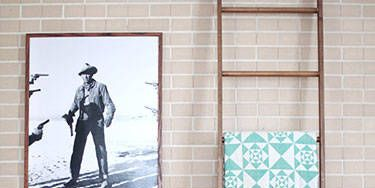 Floor, Wall, Flooring, Interior design, Tile, Carpet, Picture frame, Visual arts, Living room, Tile flooring,