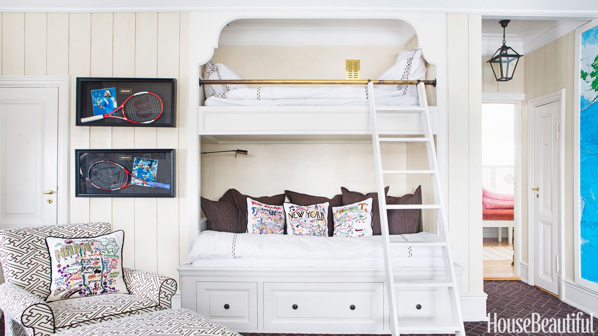 Picture of: 16 Cool Bunk Beds Bunk Bed Designs Stylish Bunk Room Ideas For Guests And Kids