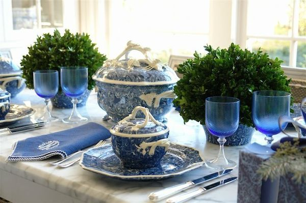Blue And White Dishes And Table Settings   Tablescapes And Decorations In  Blue U0026 White