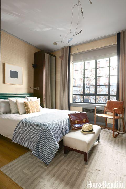 700 Square Foot Manhattan Apartment Juan Carretero Apartment