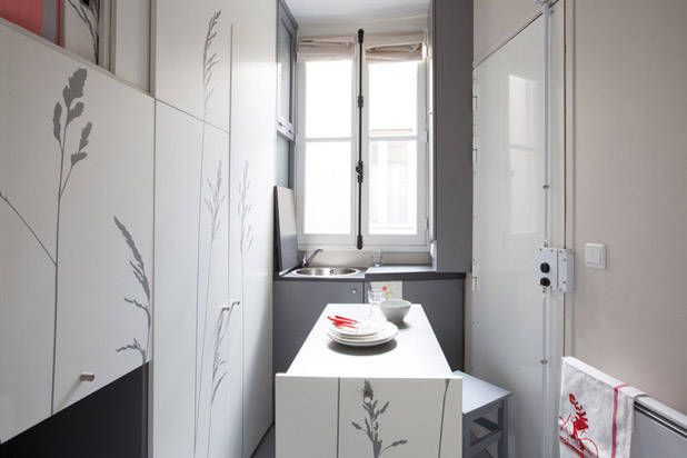 "Would You Live in This 86-Square-Foot Parisian ""Cupboard"" Apartment?"