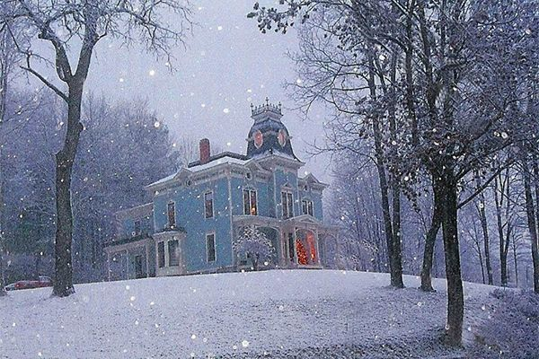 Is This the Perfect Christmas House?