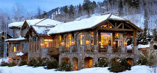 20 Perfect Homes To Spend A Snow Day In