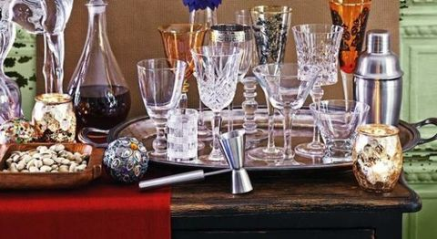 How To Mix And Match Glassware Like A Pro