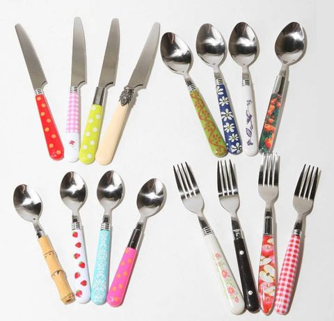 Cutlery, Dishware, Stationery, Kitchen utensil, Steel, Silver, Office supplies, Household silver,
