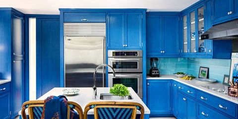 Designing a Vivid Blue Kitchen