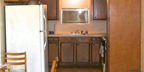 Wood, Lighting, Room, Interior design, Property, Light fixture, Ceiling, Floor, Ceiling fixture, Wall,