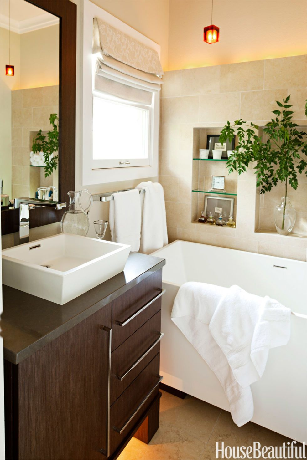 Designing a Hotel-Like Bathroom in 42 Square Feet