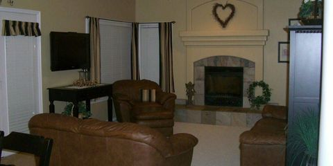 Before & After: The Fireplace Makeover That Completely Transformed This Living Room