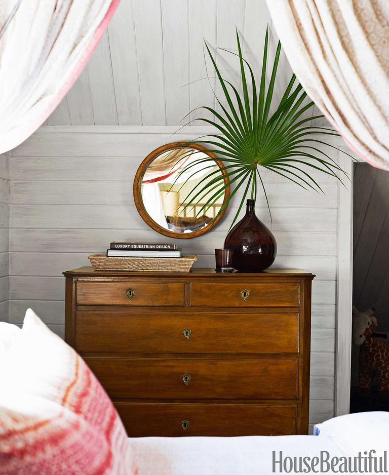 Big Walnut Apartments: Pippa Vlasov Bahamas Apartment