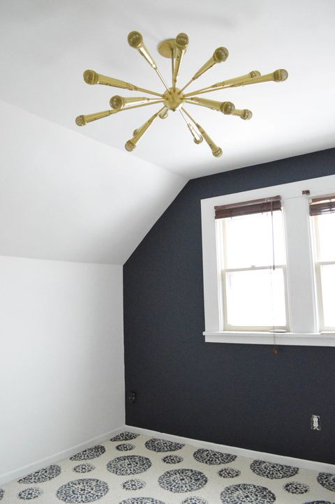 We're big fans of hometalk, the social network for home and garden lovers,  so we're excited to share one of our favorite posts today. - DIY Sputnik Chandelier Made From Microphones - Microphone Sputnik