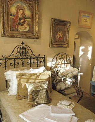 18th century bed