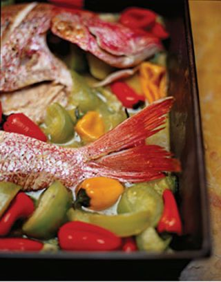 FISH SWIMMING IN VEGETABLES