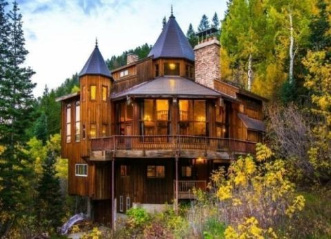 This Just Might Be the Rustic Fairytale Home of Our Dreams