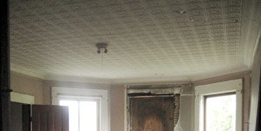 Wood, Room, Floor, Flooring, Interior design, Hardwood, Ceiling, Wall, Wood stain, Fixture,