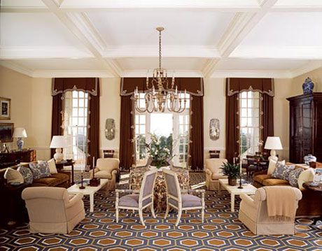 alotian club main living room