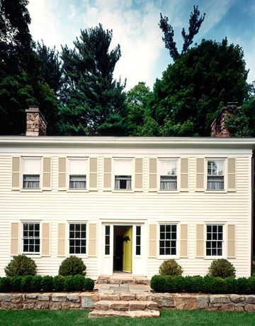 exterior of colonial home