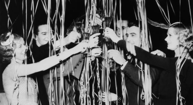 Last-Minute New Year's Eve Party Tips from Designers