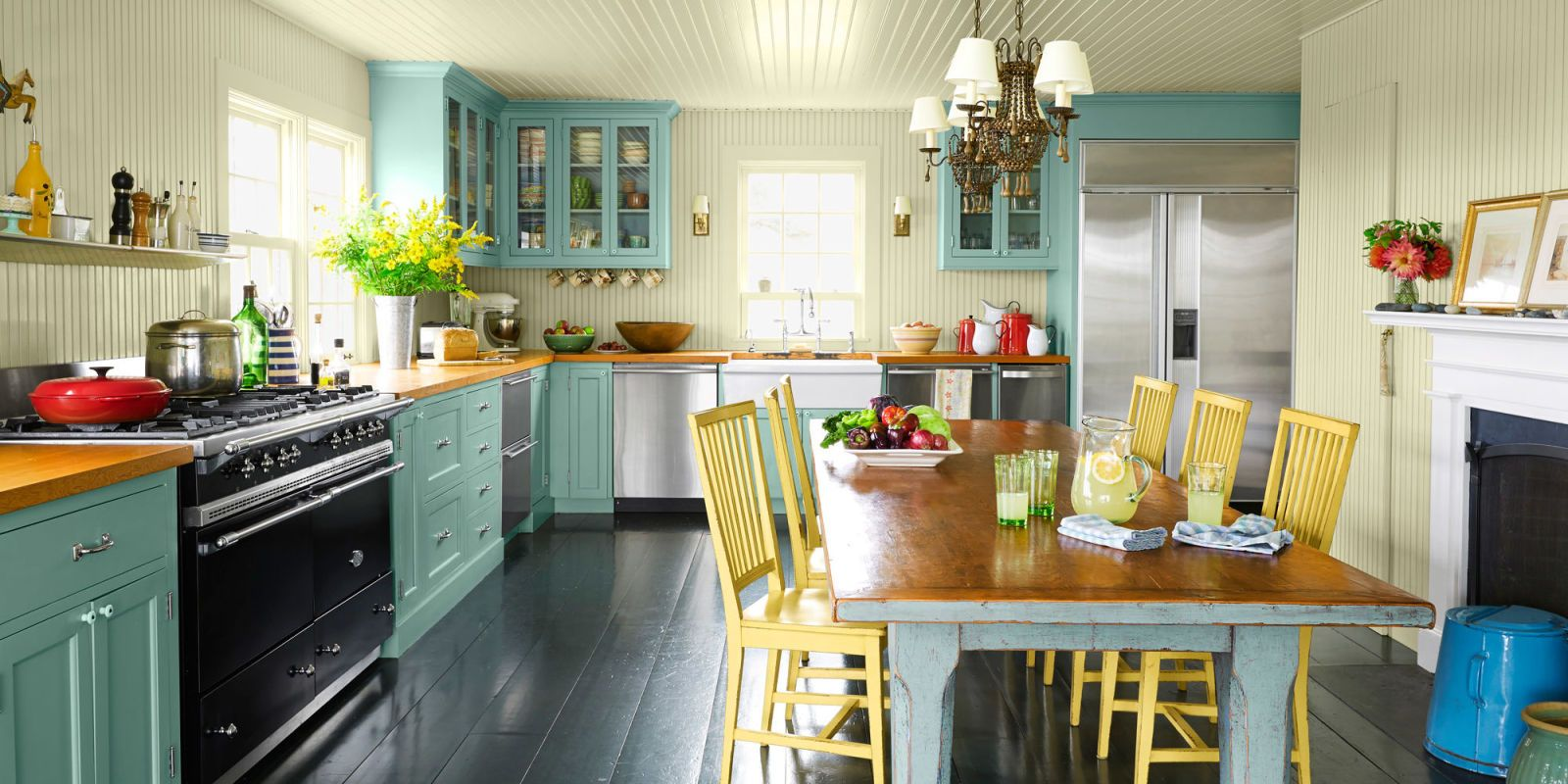 33 Chic and Elegant Kitchen Tables