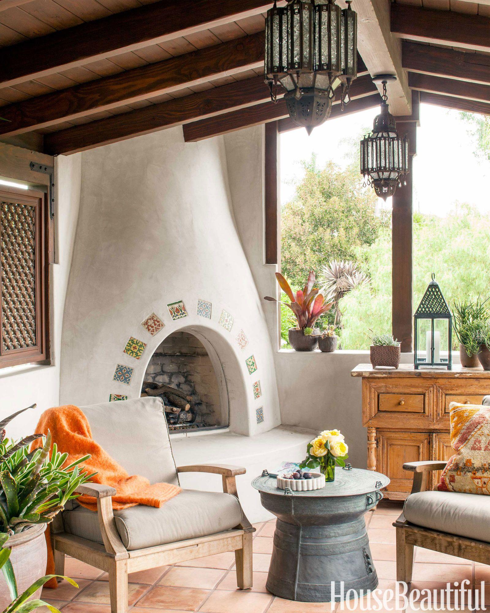 Inside a Global-Inspired 1920s Hacienda in Santa Monica