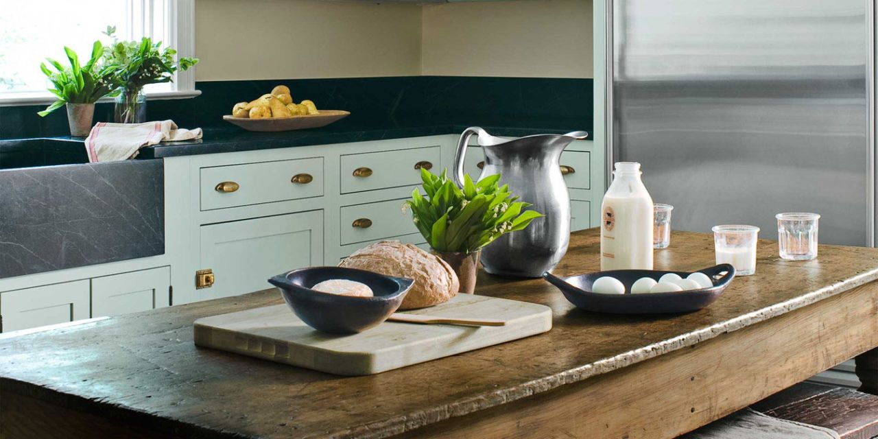 Genial Mint Green Kitchen With Farmhouse Table