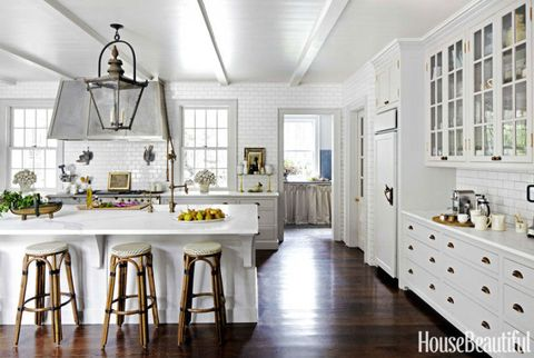 white kitchen subway tiles